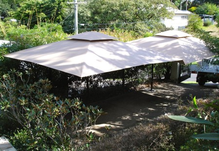 2x Square 4m, Black/Beige with Valance join together with Gutter - Carport