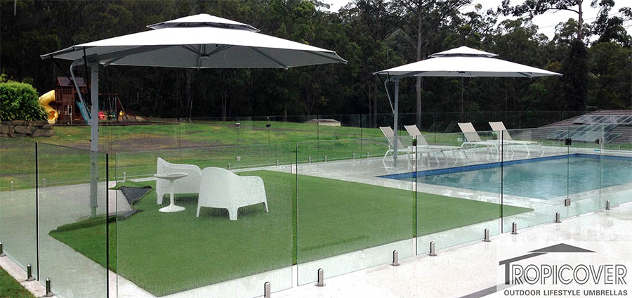 cantilever outdoor umbrellas